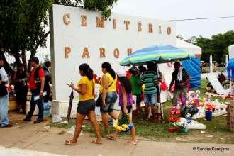 Huge cemetery in Manaus.